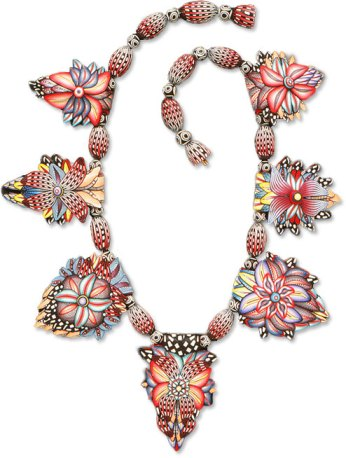 grovem94_flower-necklace