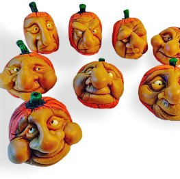 Pete Simpson's pumpkin-heads remind us that Halloween's upon us on PolymerClayDaily.com
