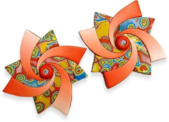 Rocky Hollow coaxes patterns and blends into pinwheel swirl earrings on PolymerClayDaily.com