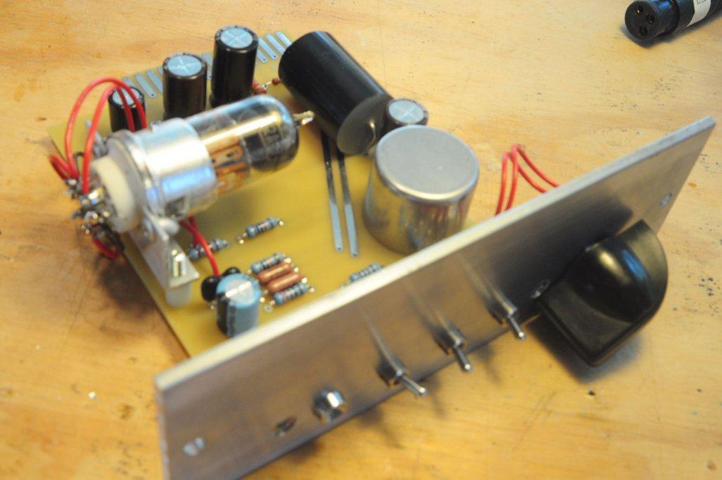 Mic Amp Circuit
