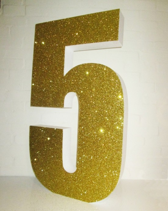gold-letters-1000mm-high-100mm-thick