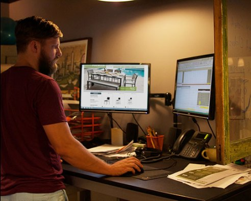 Sean-Working-Desk-POLYWOOD-Recycled-Furniture