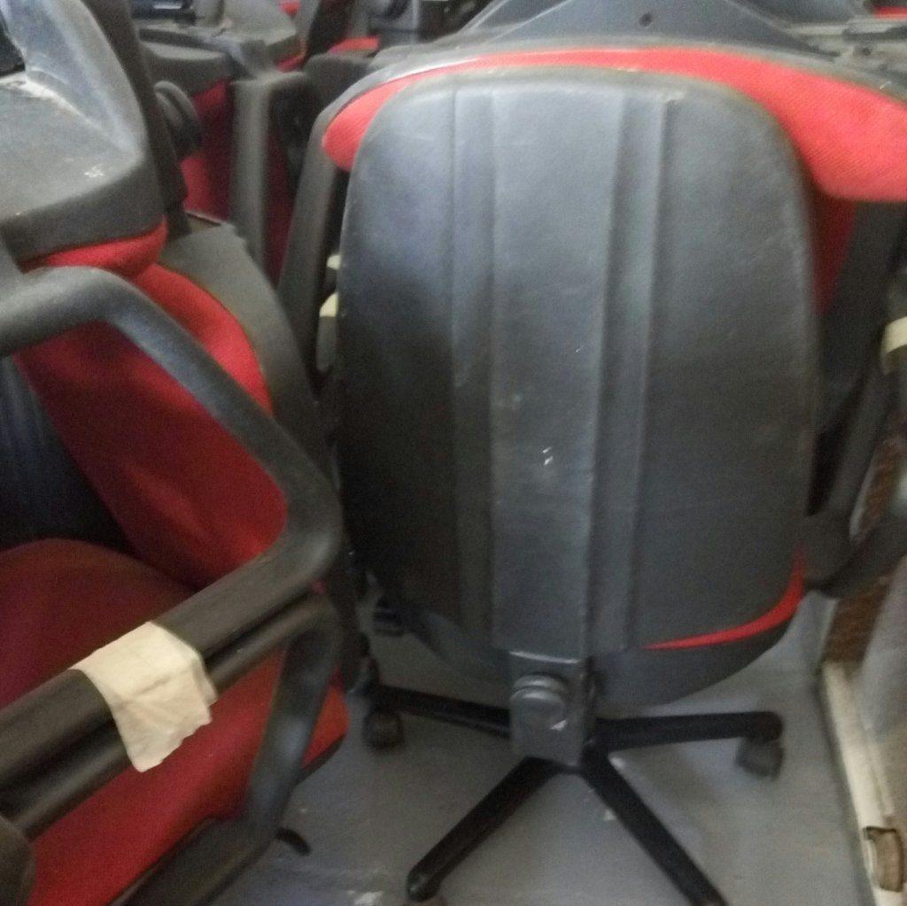 Sedie con rotelle per ufficio e studi professionali  Pomili Demolizioni Speciali SRL