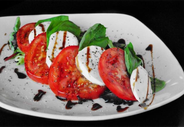 caprese_salad-640x440