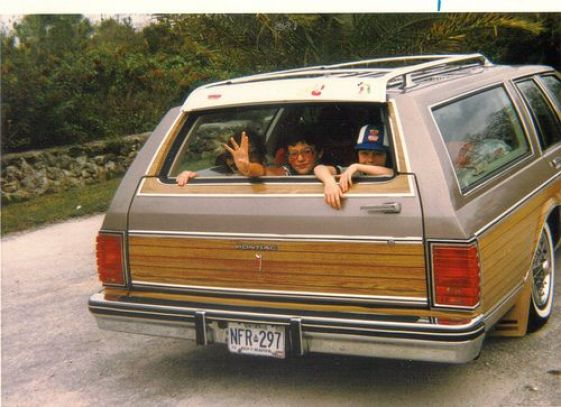 Memories of my 70s childhood through Pinterest: Wood-panelled station wagon