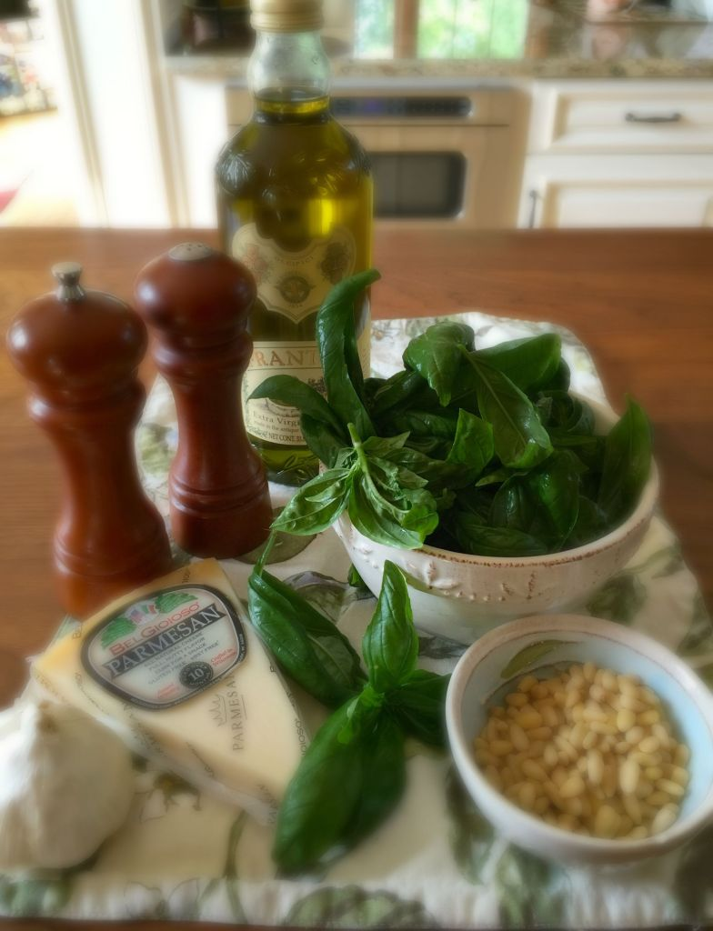 "Basil Pesto Pasta Using Linguini a.k.a., ""Lingreeni"": Ingredients"