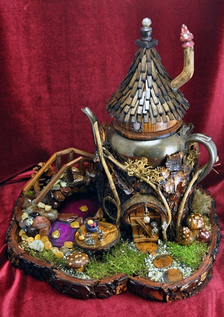 Parents Creatively Teaching Kids About Art: Fairie gardens made from recycled materials