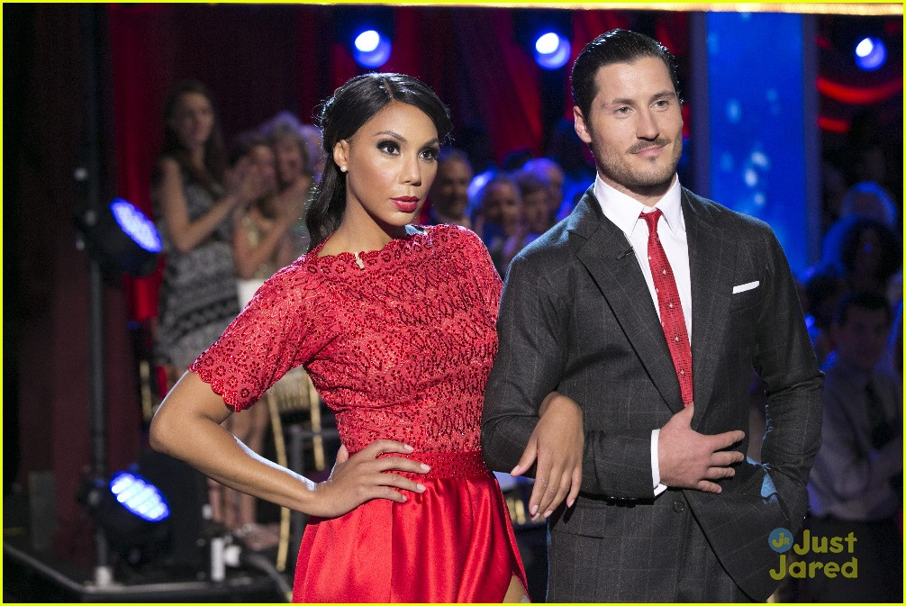 Dishing on Dancing with the Stars: Check that attitude!