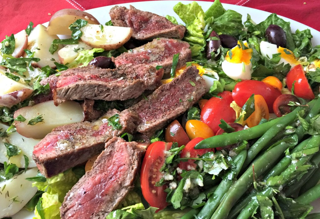 Steak salad Nicoise: It's a meaty salad meal that's beautiful to boot!