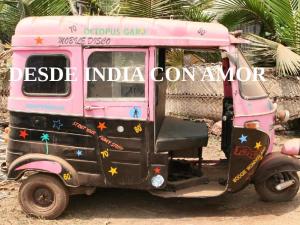 'Desde India con Amor'   Un mercadillo made in India en Madrid   Escuela Ekada   Domingo 30 de noviembre de 2014