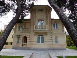 Casa de clase alta del proyecto original de Arturo Soria existente en la actualidad   Ciudad Lineal   Madrid   España   Foto Benjamín Núñez González/Wikimedia