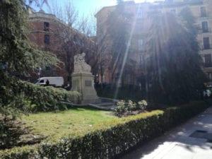 Nombres de mujeres relevantes para 5 zonas verdes de Centro | Jardín de las Feministas | Calle de la Princesa c/v calle del Duque de Liria | Madrid