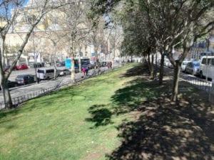 Nombres de mujeres relevantes para 5 zonas verdes de Centro | Jardín de Simone Veil | Gran Vía de San Francisco c/v calle del Águila | Madrid