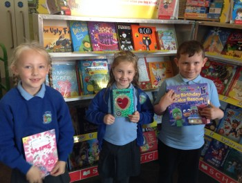 Year 2 Visit the Book Fair