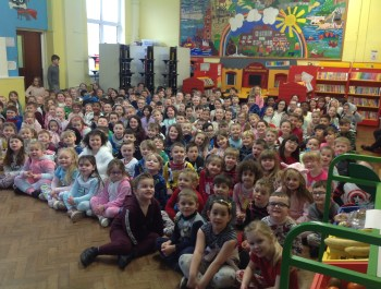 Pontlliw in Pyjamas for World Book Day