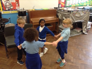 Year 2 Diwali Dance!
