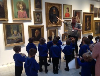 A fantastic visit to the art gallery!