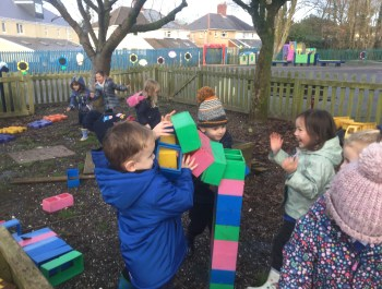 Building Colourful Towers