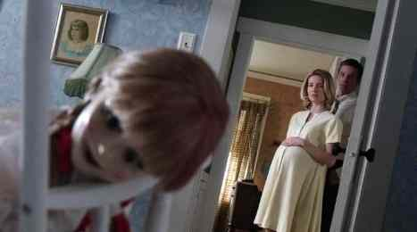 'Annabelle' is old school, poorly-acted, and scary in spite of it