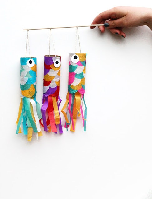 http://squirrellyminds.com/2013/05/03/koinobori-japanese-flying-carp-diy/