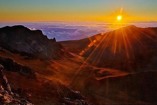 https://i0.wp.com/www.pookelaparadise.com/wp-content/uploads/2014/09/Haleakalasunrise.jpg