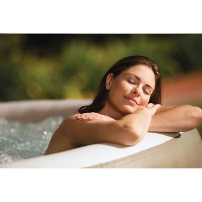 health benefits of hot tub