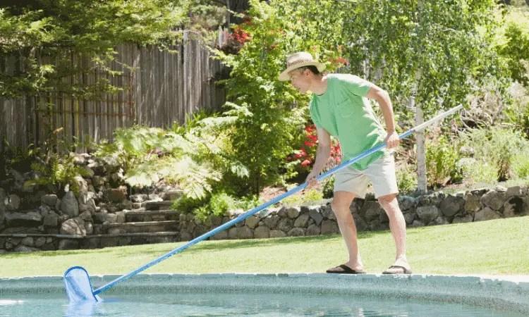 Swimming pool maintaining
