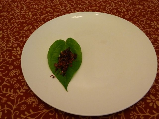 Paan with mukhwas