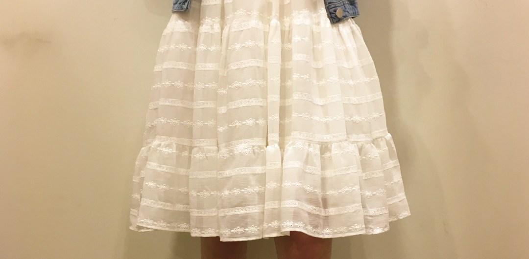 Robe blanche dessinée pour les Collectionistas