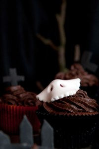 Halloween spooky cupcake