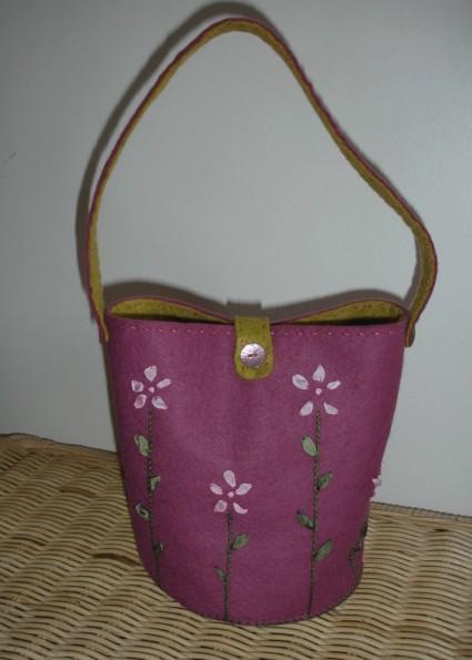 petit sac printanier en feutrine  Pop Couture