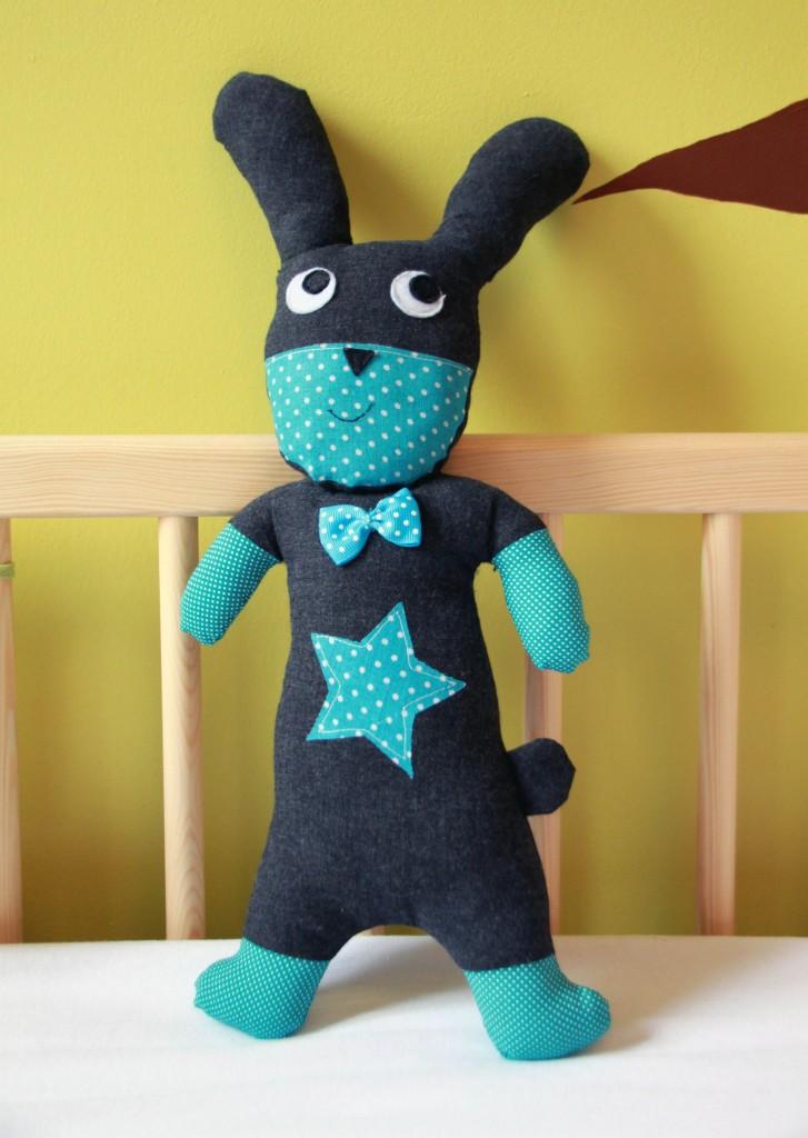 Doudou super hros  le lapin dandy rabbit  Pop Couture