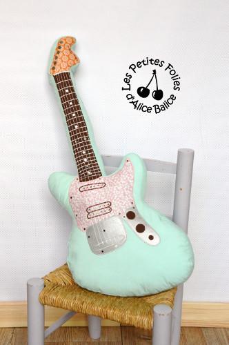 Coussin guitare lectrique  Pop Couture