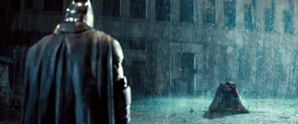 Batman-V-Superman-Trailer-Rain-Landing-Fight-1024x426