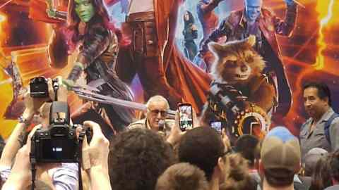 stanlee_marvelbooth