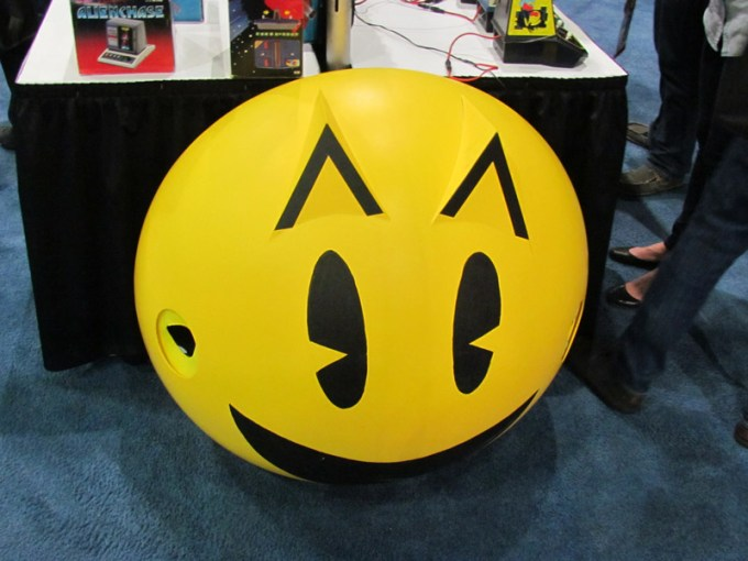 pac-man-display