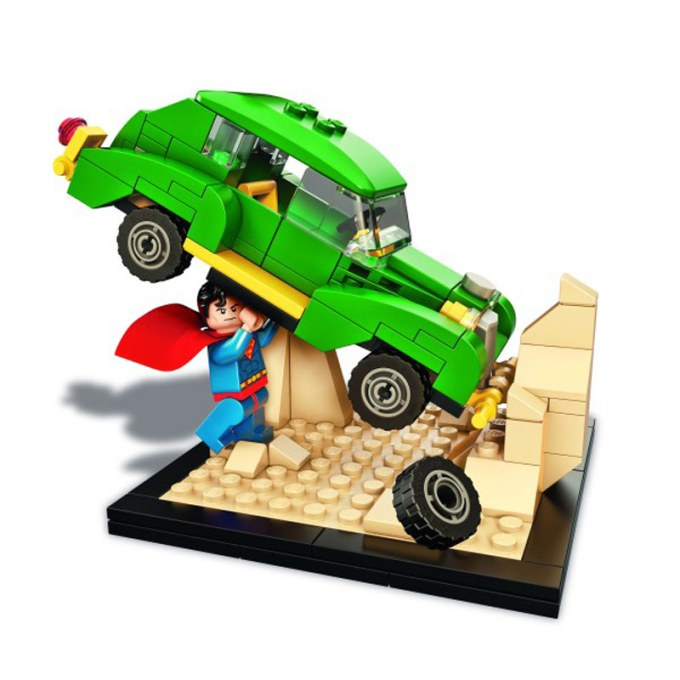 lego-action-#1-SDCC-exclusive