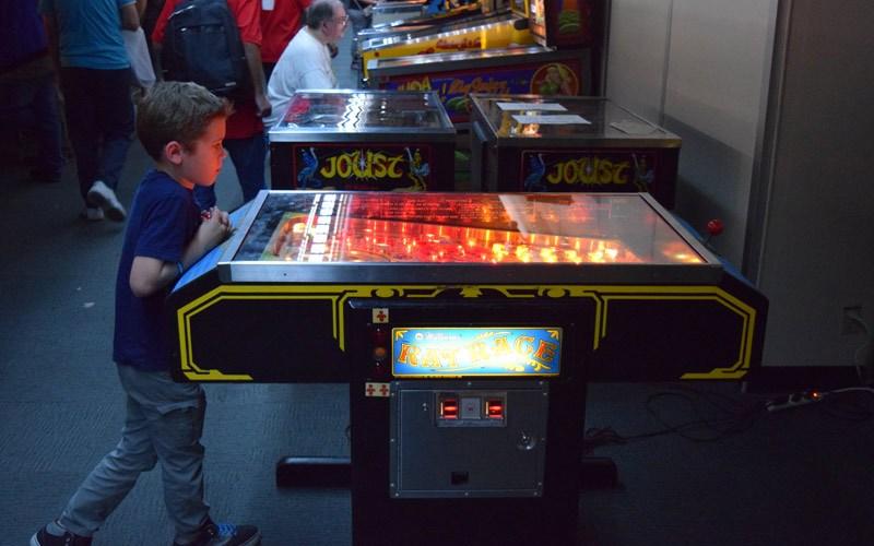 Williams Rat Race Pinball Machine Review
