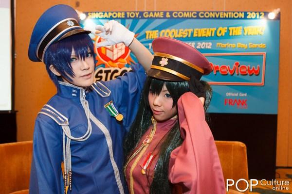 Popular cosplayers Touya Hibiki and Kousaka Yun at STGCC 2012