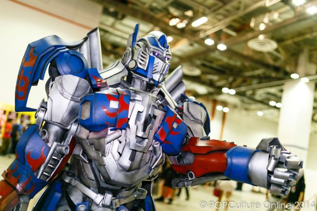 STGCC 2014 Cosplay Transformers Optimus Prime Age Of Extinction