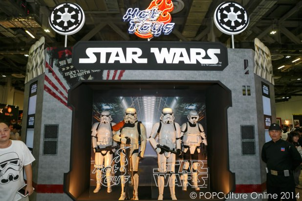 STGCC 2014 Hot Toys Star Wars Booth