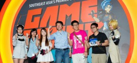 GameStart 2014 Freedom Wars Producer Junichi Yoshizawa, with fans on stage