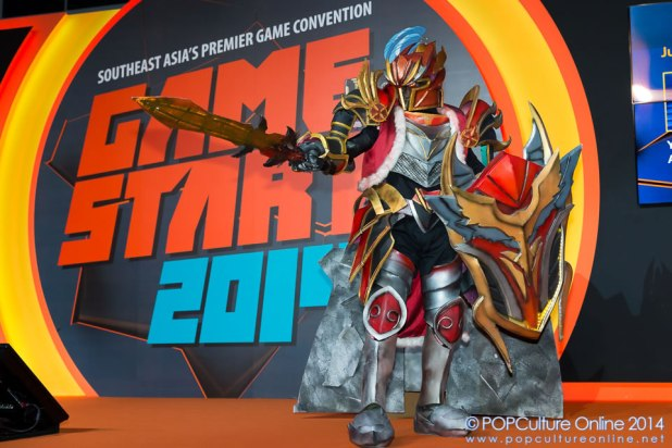 GameStart 2014 Game On Cosplay Competition DOTA2 Dragon Knight