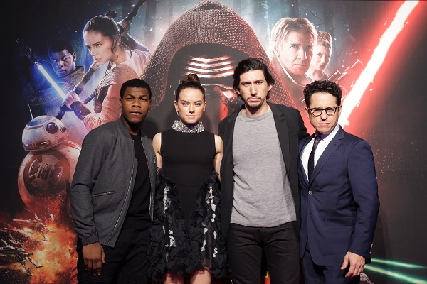 SEOUL, SOUTH KOREA - DECEMBER 09: (L to R) Actor John Boyega, actress Daisy Ridley, actor Adam Driver and director J.J. Abrams attend the event for fans ahead of 'Star Wars: The Force Awakens' South Korea premiere at the Octagon on December 9, 2015 in Seoul, South Korea. (Photo by Chung Sung-Jun/Getty Images for Walt Disney Studios) *** Local Caption *** John Boyega; Daisy Ridley; Adam Driver; J.J. Abrams