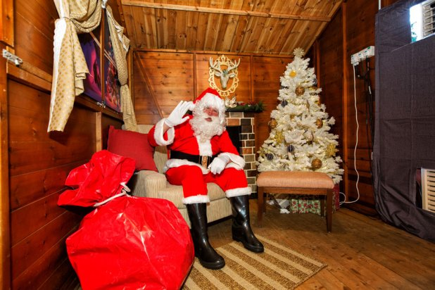 Christmas-Wonderland-2017-Santa-Grotto