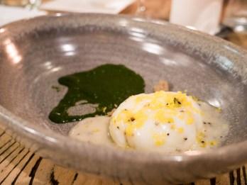 Uovo cacio e pepe
