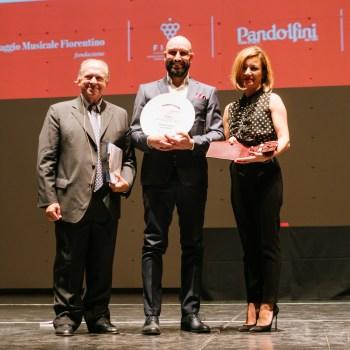 Massimo Raugi, Villa Crespi - Premio Intrecci per il maitre dell