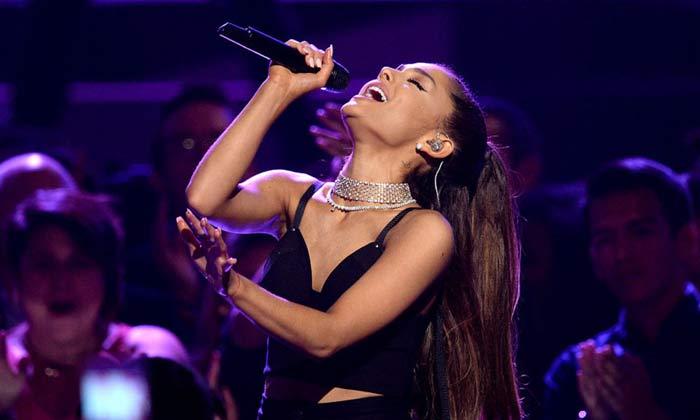 Comunicado de Ariana Grande