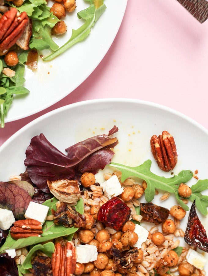 Hearty Farro Beet Salad with Crispy Chickpeas