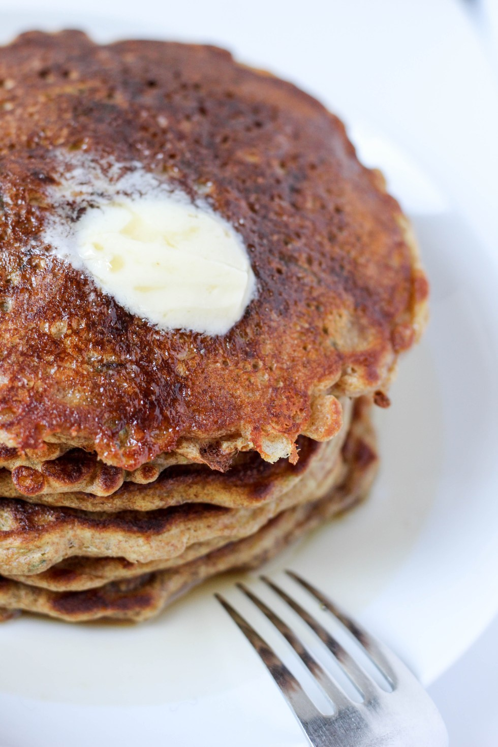 Zucchini pancakes made with spelt and buttermilk // POP KITCHEN